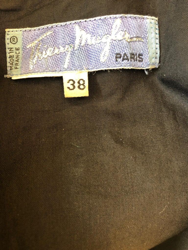 Thierry Mugler Paris Vintage Snap Front Black Cotton Net Shoulder Cocktail Dress For Sale 3