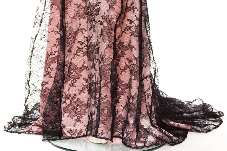 Thierry Mugler Satin and Lace Trained Gown Large EU44 For Sale 3