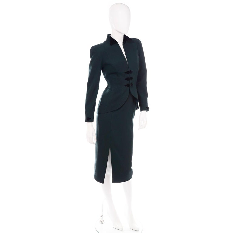 Women's Thierry Mugler Vintage Forest Green Wool and Velvet Skirt and Blazer Jacket Suit For Sale