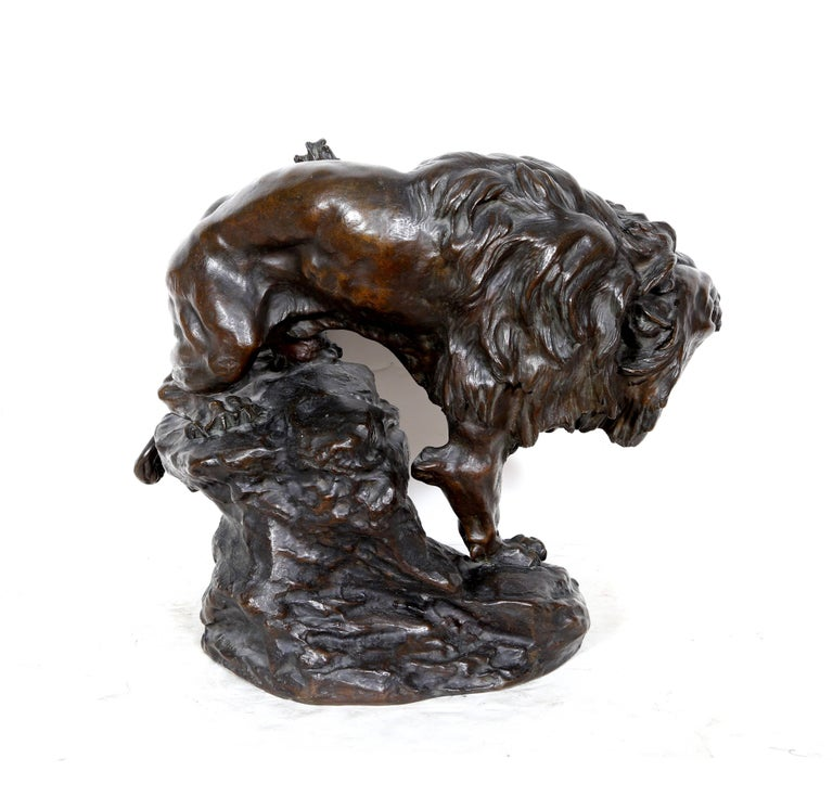 Snarling Lion - Gold Figurative Sculpture by Thomas Francois-Cartier
