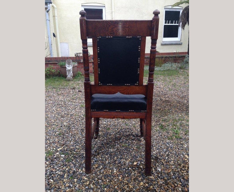 Thomas Jeckyll Style a Pair Aesthetic Movement Oak Dining Chairs with Sunflowers In Good Condition For Sale In London, GB