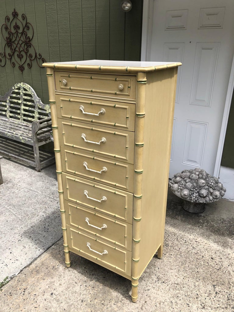Thomasville Allegro Faux Bamboo Lingerie Chest In Good Condition For Sale In Redding, CT