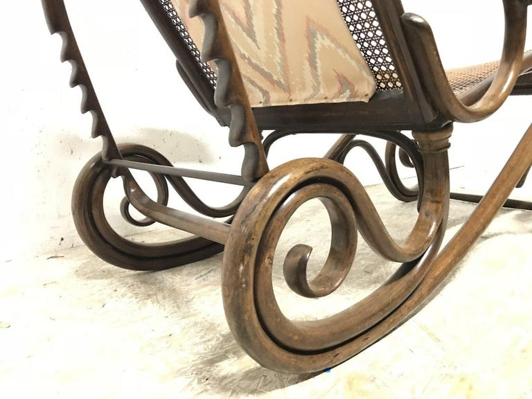 Thonet, a Bentwood Chaise Lounge with Wonderful Scroll Work Details & Cane Work 8