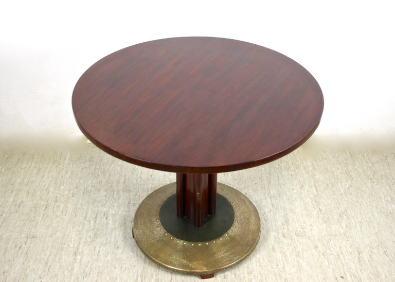 Thonet Bentwood Coffee Table with Hammered Brass Base, Austria, circa 1915 For Sale 1