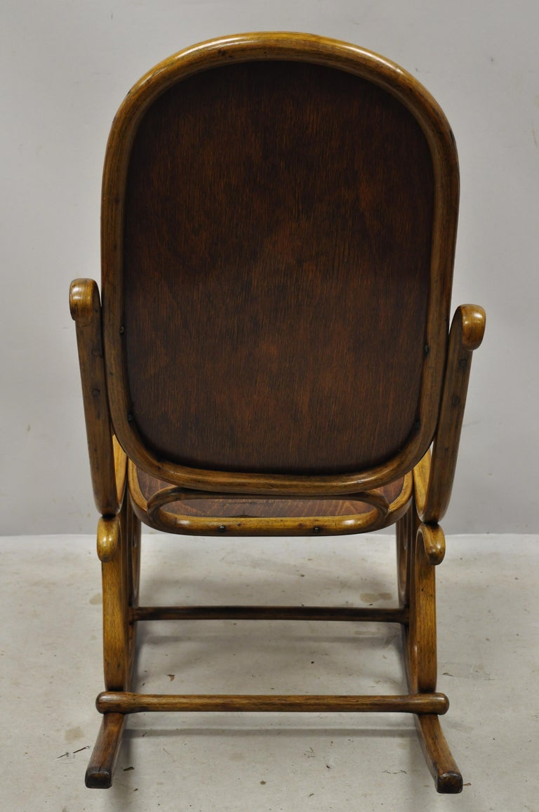 Thonet Bentwood Rocking Chair Figural Pressed Wood Griffins and Northwind Face For Sale 3