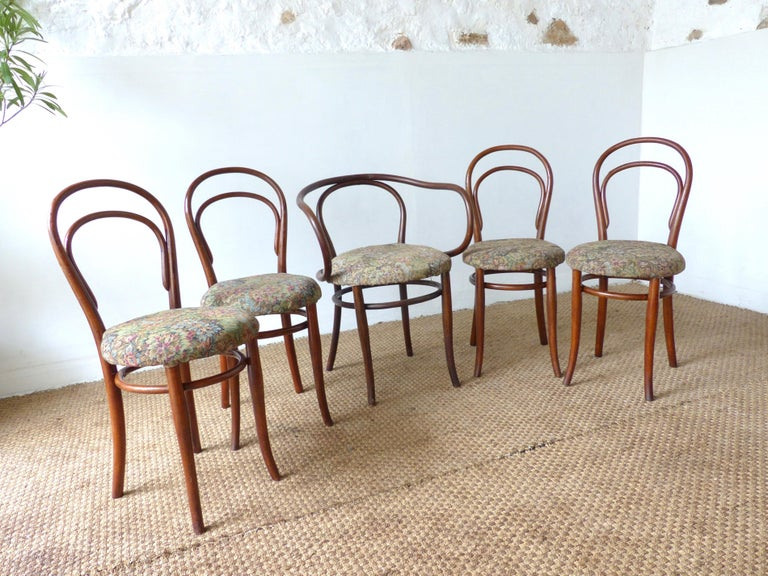 Thonet Chairs, Antique, Late 19th Century Model 14 For Sale 4