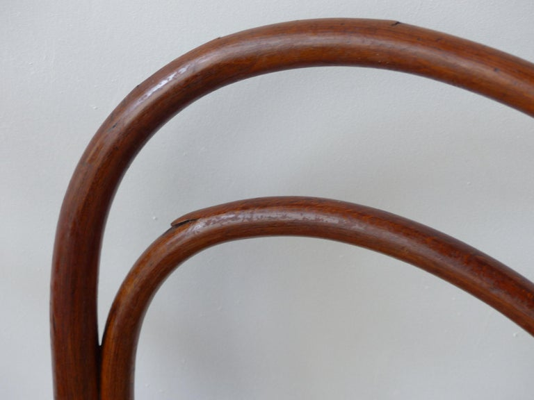 Thonet Chairs, Antique, Late 19th Century Model 14 For Sale 5