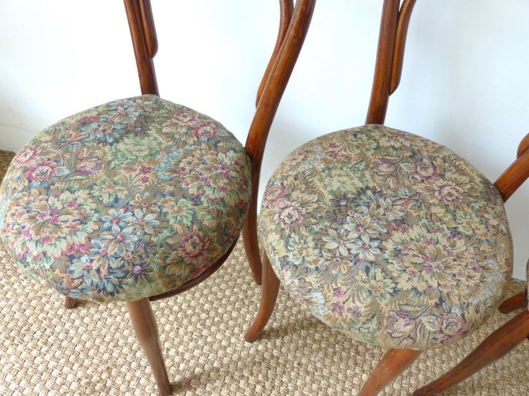 Thonet Chairs, Antique, Late 19th Century Model 14 For Sale 8