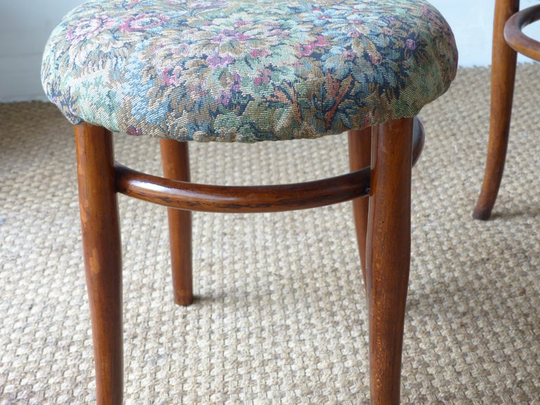 Thonet Chairs, Antique, Late 19th Century Model 14 For Sale 9