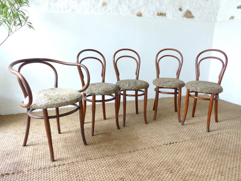 European Thonet Chairs, Antique, Late 19th Century Model 14 For Sale