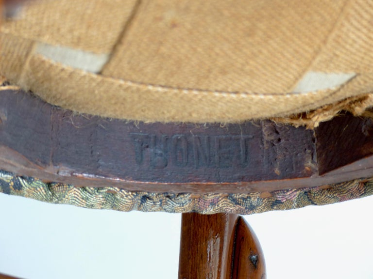 Thonet Chairs, Antique, Late 19th Century Model 14 For Sale 1