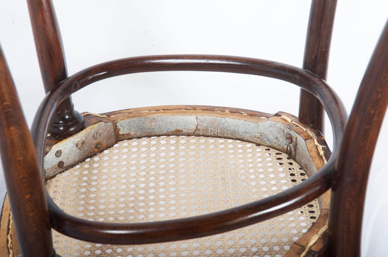Thonet Nr. 11 Chair For Sale 3