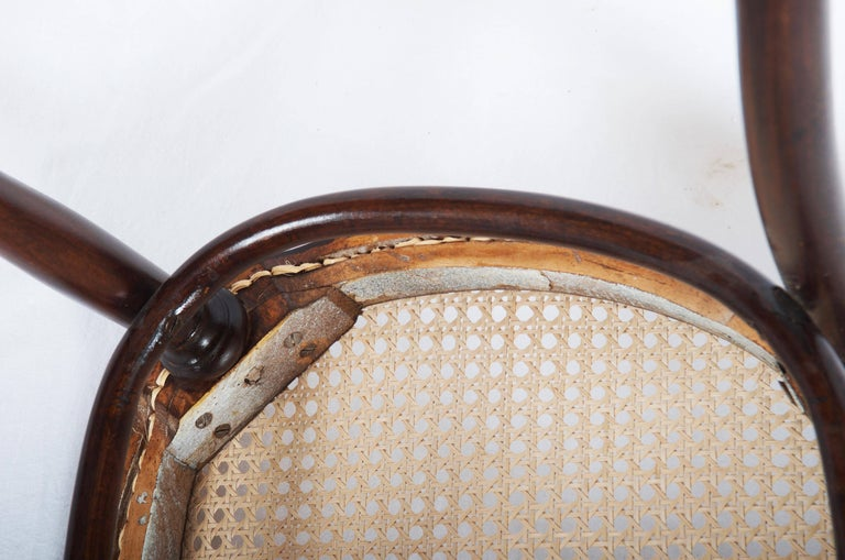 Thonet Nr. 11 Chair For Sale 4