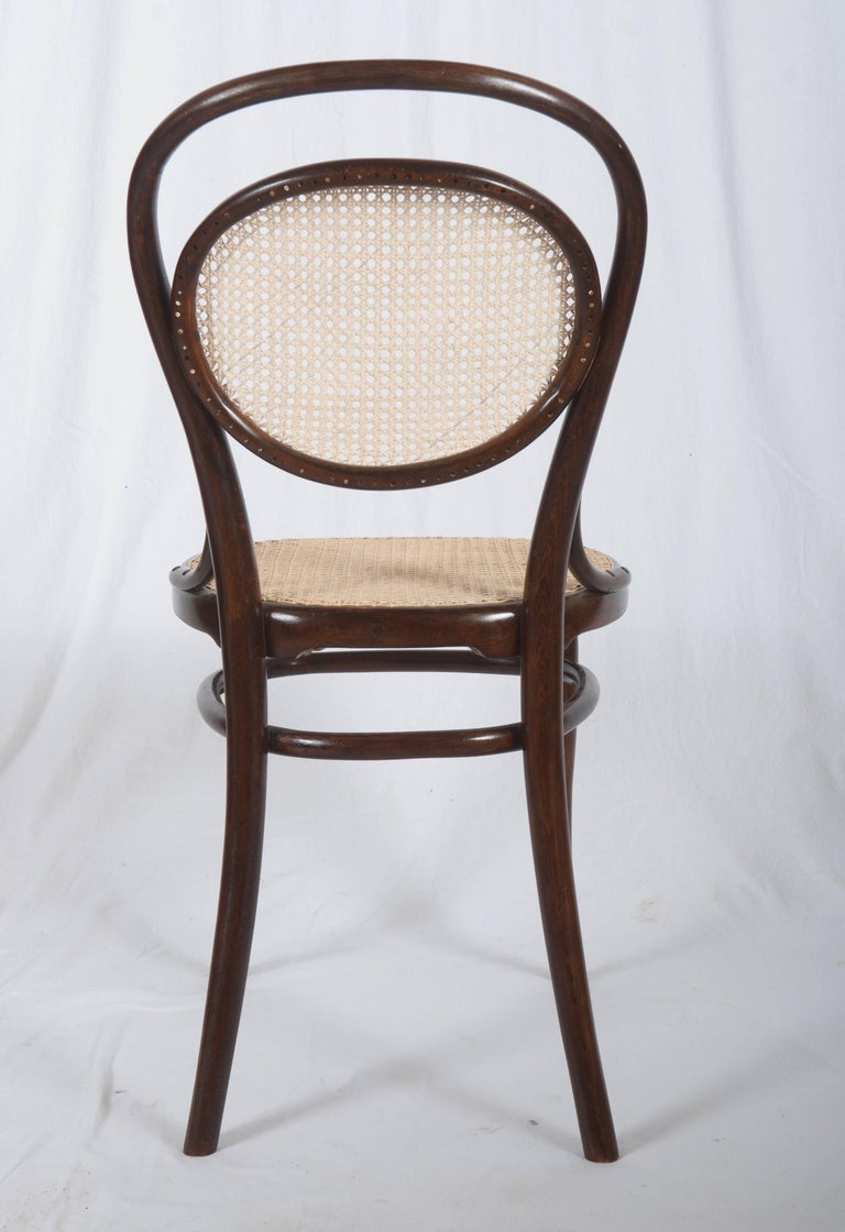 Late 19th Century Thonet Nr. 11 Chair For Sale
