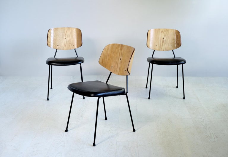 Thonet, Set of 3 Chairs, France, 1950 In Good Condition For Sale In Catonvielle, FR