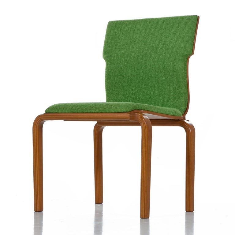 Stunning form and brilliant Kiwi green color make these Mid-Century Modern bentwood chairs stand out from the crowd. Allow your eyes to flow through the sinuous body of the Bill Stephens inspired chairs. Like Bill Stephens, Alvo Aalto, and Thonet,