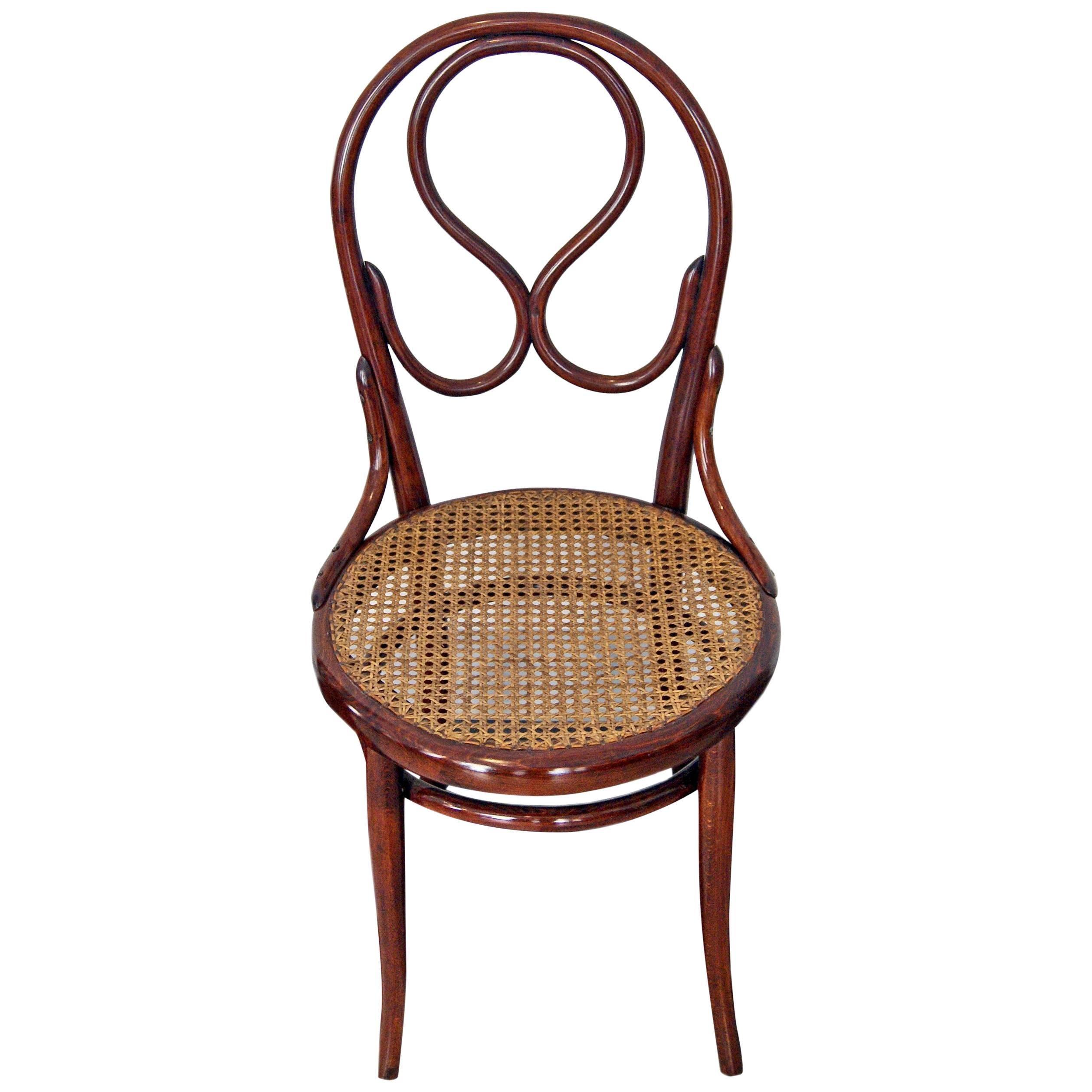 Exceptionnel Thonet Vienna Art Nouveau Chair Model 20 Made Circa 1880 For Sale
