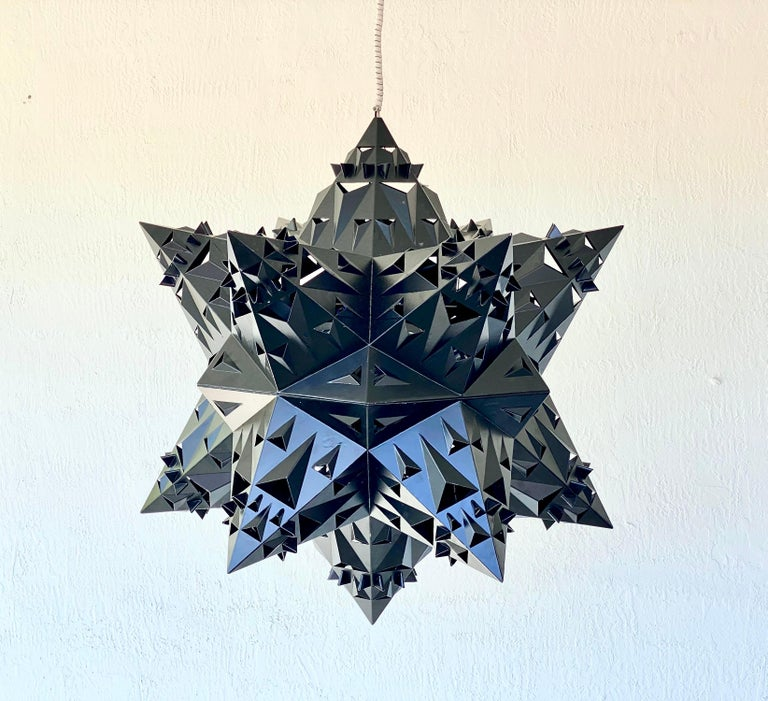 Thoscene Tetrahedron Star Chandelier In Excellent Condition For Sale In Coral Gables, FL