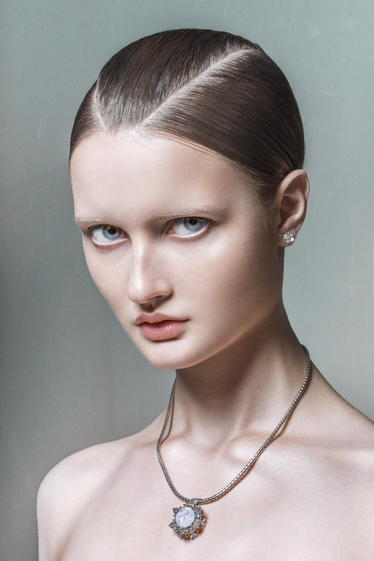Mixed Cut Thoscene Topaz Silver Peace Pendant Necklace For Sale