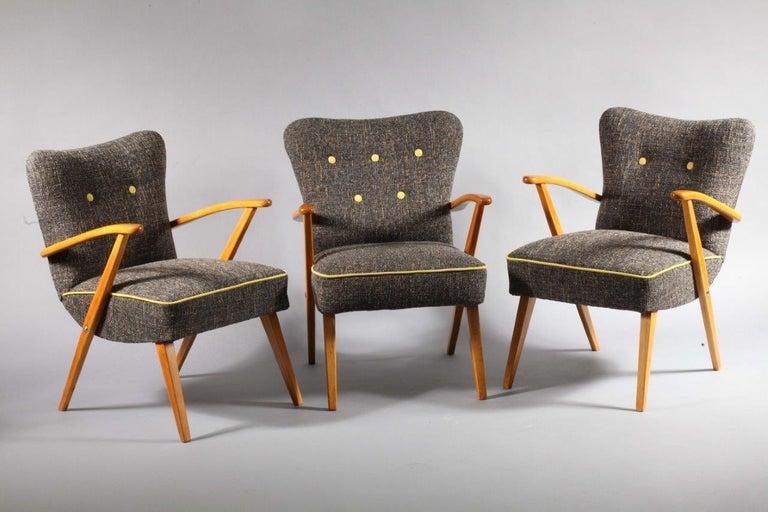 Pair of Vienna Soziales Wohnen armchairs Haus und Garten Vienna, 1950. Beechwood legs and armrests.