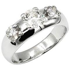 Three Diamonds 18 Karat White Gold Engagement Wedding Bridal Ring No Certificate