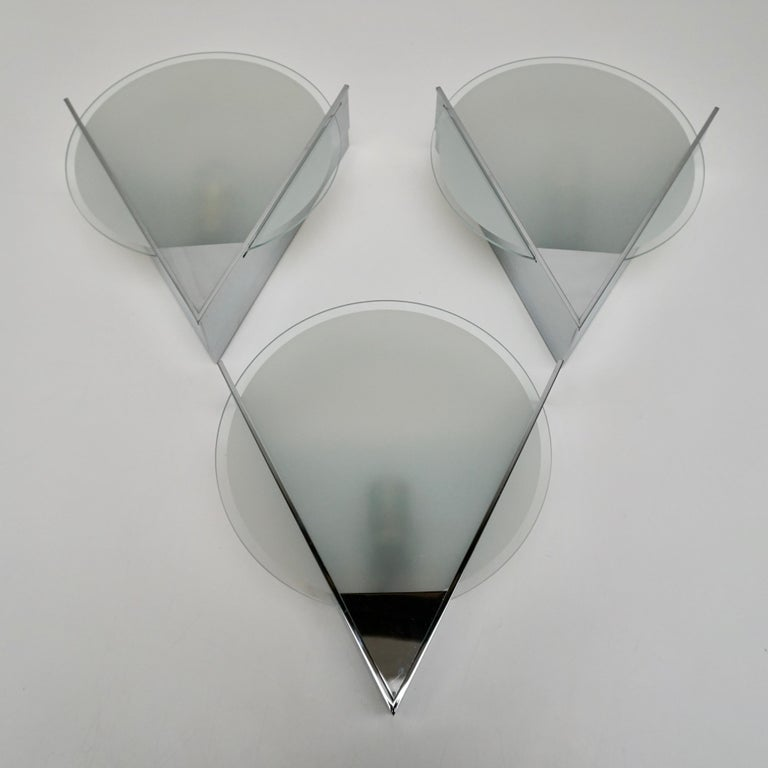 Three French Art Deco Chrome and Frosted Glass Sconces In Good Condition For Sale In Antwerp, BE