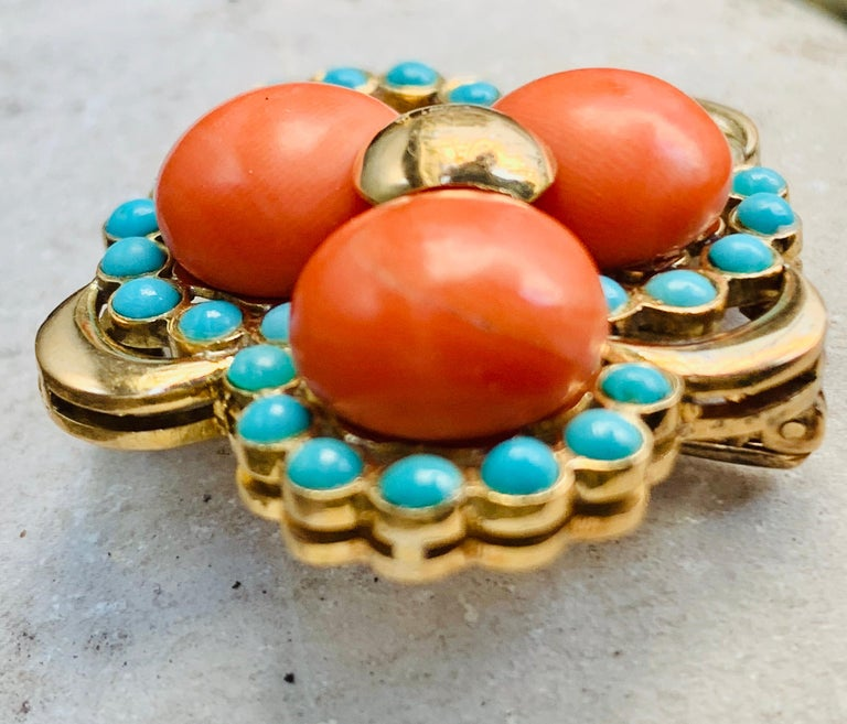 Three Leaf Clover Coral Turquoise Gold Brooch, Italy For Sale 1