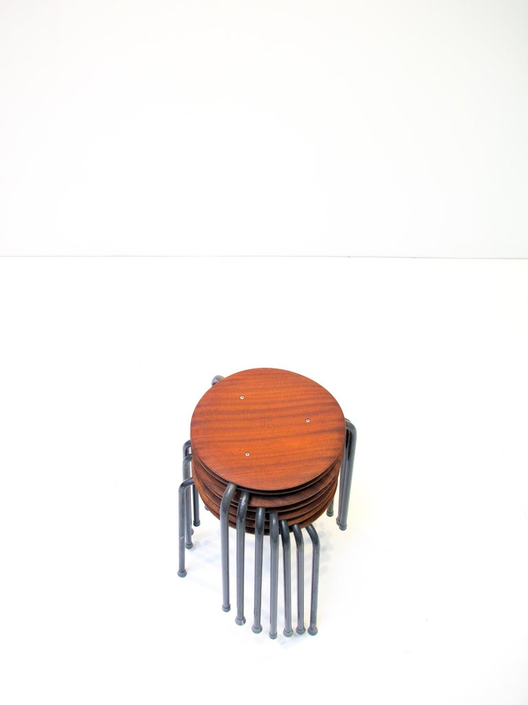 Scandinavian Modern Three-Legged Stacking Stool with Molded Plywood Seatings, 1950s Denmark  For Sale