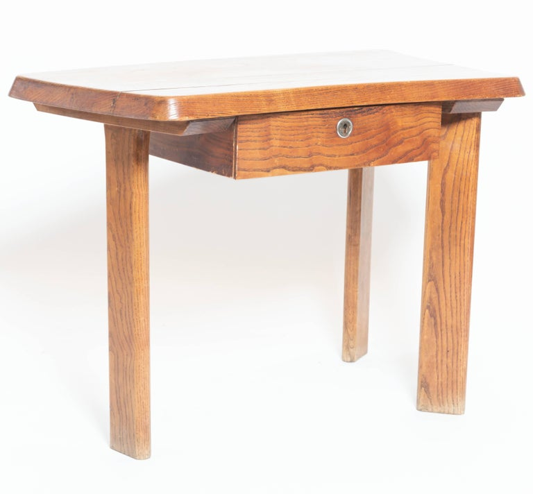 Three-Legged Wooden Oak Table with Drawer, in the Manner of Charlotte Perriand For Sale 3