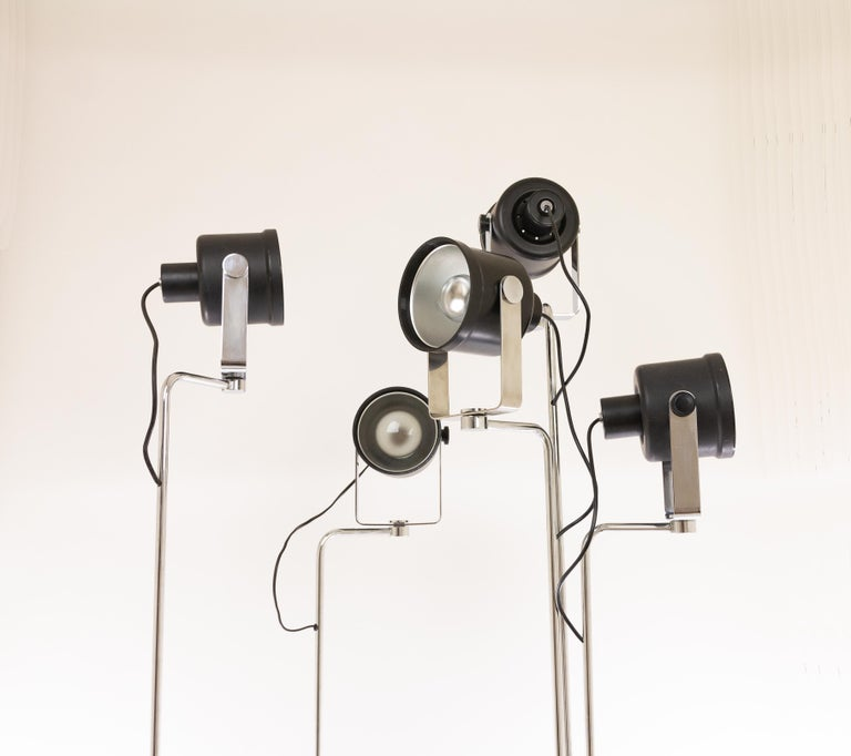 Mid-Century Modern Three P433 floor lamps by Brusasco & Torretta for Luci Italia, 1970s For Sale