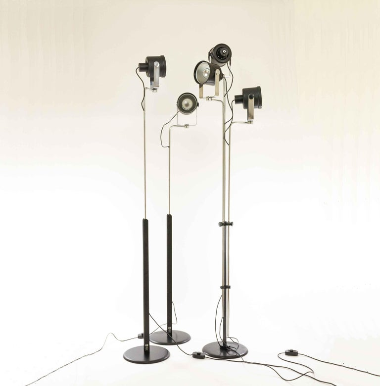 Late 20th Century Three P433 floor lamps by Brusasco & Torretta for Luci Italia, 1970s For Sale