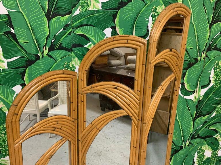 Three-Panel Split Reed Rattan Mirrored Folding Screen For Sale 1