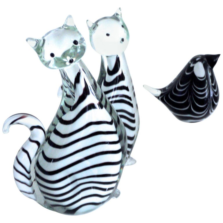 Three-Piece Collection Murano Art Glass Striped Cats '2.5kg each' and Bird 1980s For Sale