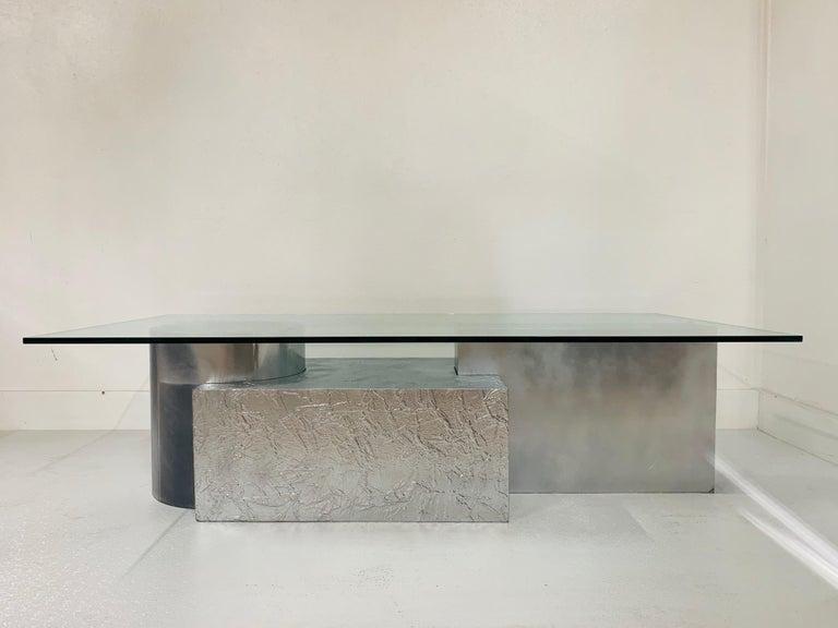 Modern Three-Piece Geometrical Coffee Table For Sale
