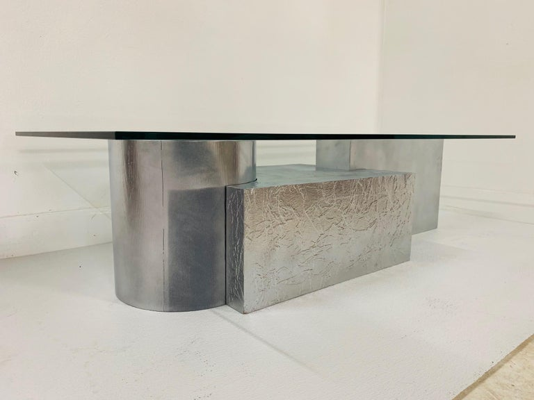 Three-Piece Geometrical Coffee Table In Good Condition For Sale In New York, NY