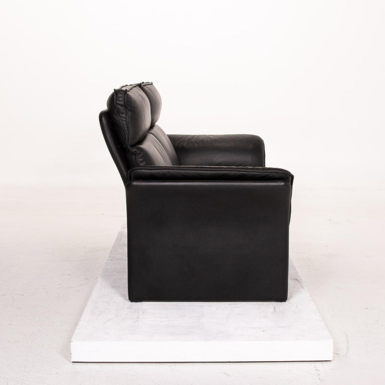 Three-Point Scala Leather Sofa Black Three-Seat Couch For Sale 3