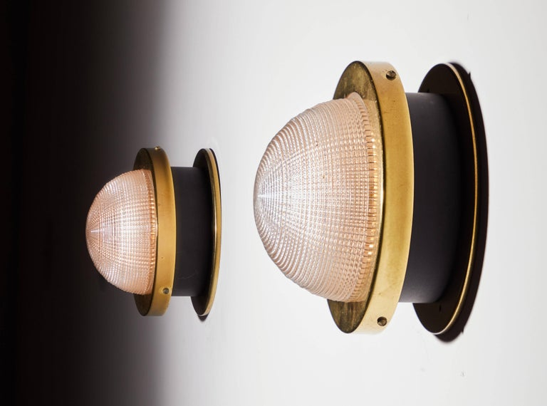 Mid-Century Modern Two Sconces by Stilnovo For Sale