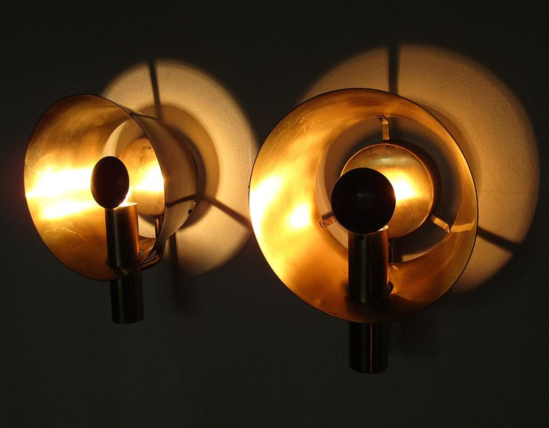 Three Sculptural Danish Wall Lights in Brass and Racing Green by Lyfa For Sale 3