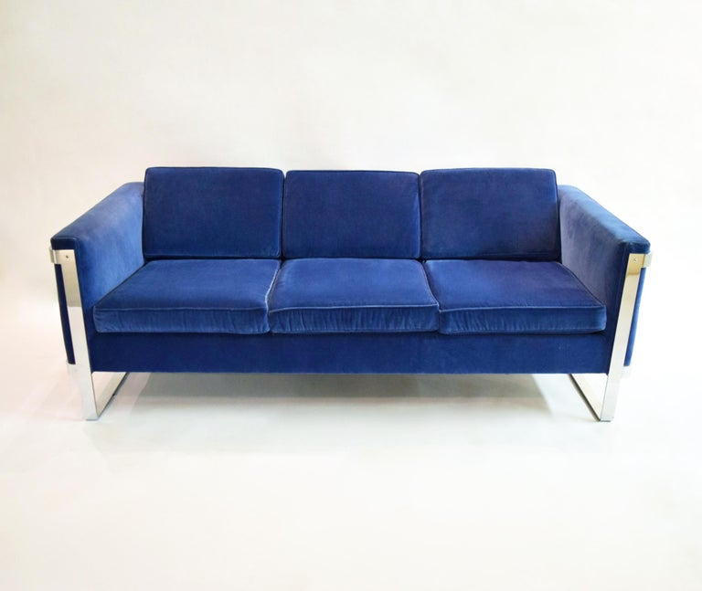 Three-Seat Sofa by Pace Collection, USA, circa 1975 For Sale 1