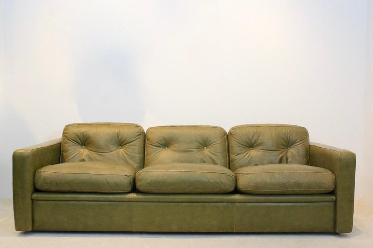 Italian Three-Seat Sofa by Poltrona Frau in Olive green leather, Italy 1970s For Sale
