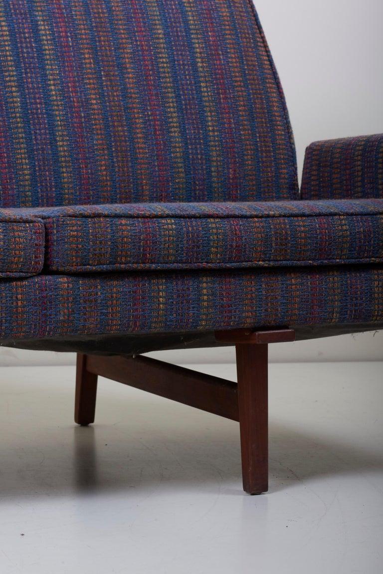 Three-Seat Jens Risom Sofa for Risom Design Inc in Good Condition For Sale 6