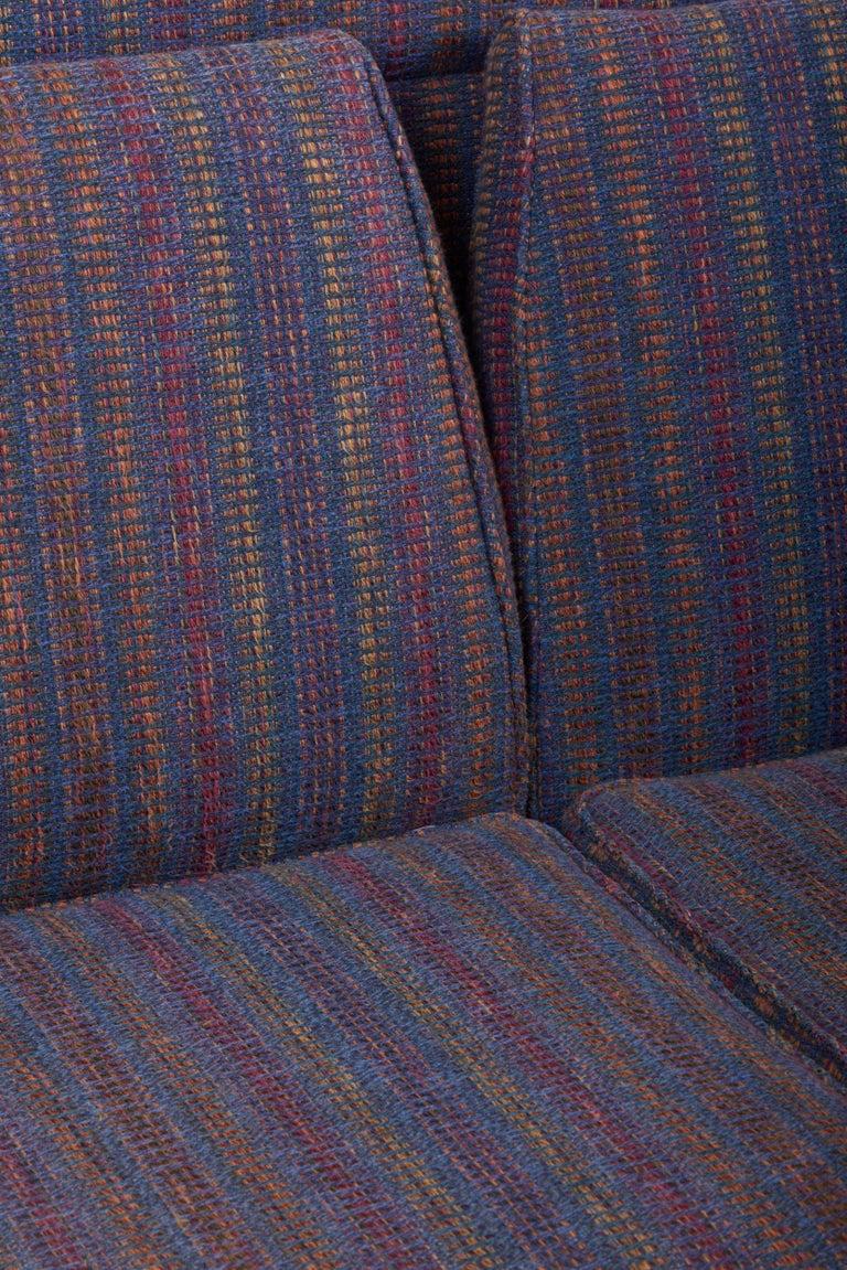 Three-Seat Jens Risom Sofa for Risom Design Inc in Good Condition For Sale 7