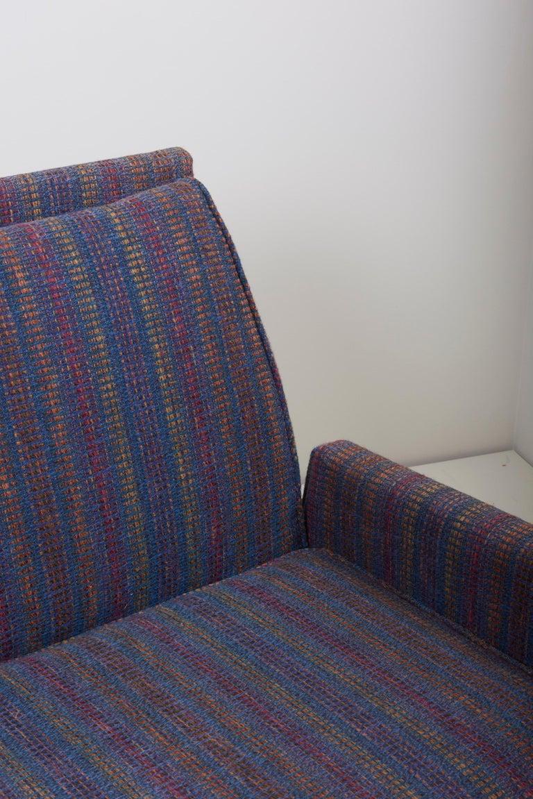 Three-Seat Jens Risom Sofa for Risom Design Inc in Good Condition For Sale 8