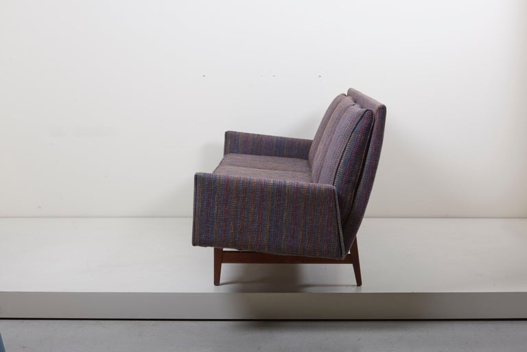 Mid-Century Modern Three-Seat Jens Risom Sofa for Risom Design Inc in Good Condition For Sale