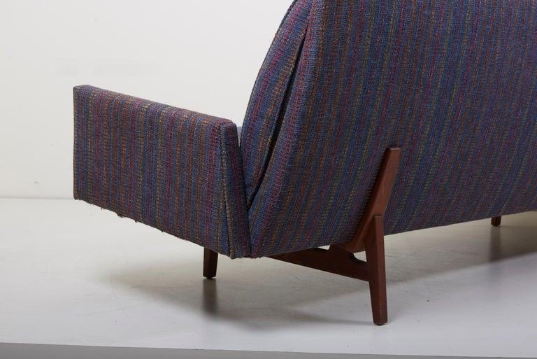 20th Century Three-Seat Jens Risom Sofa for Risom Design Inc in Good Condition For Sale