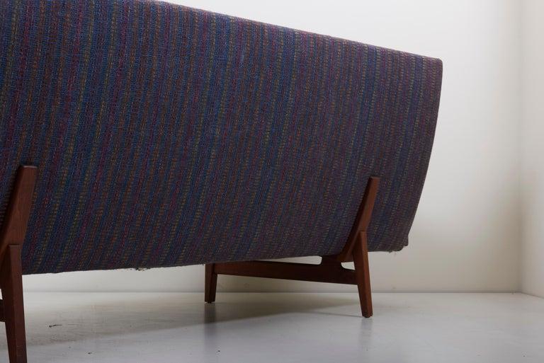 Three-Seat Jens Risom Sofa for Risom Design Inc in Good Condition For Sale 2