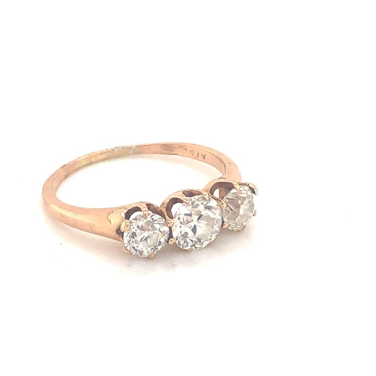 Three-Stone Diamond Ring 1.30 Carat In Fair Condition For Sale In London, GB