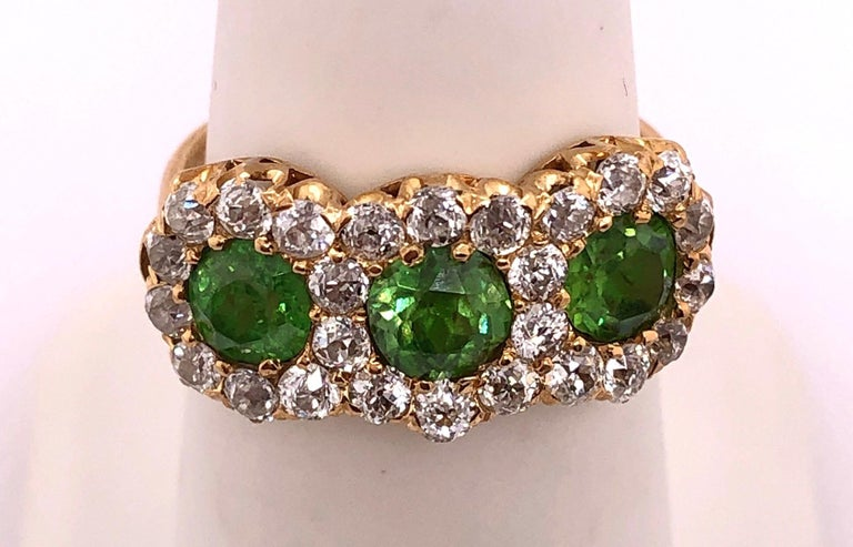 Three-Stone Emerald and Diamond Modern Ring For Sale 3