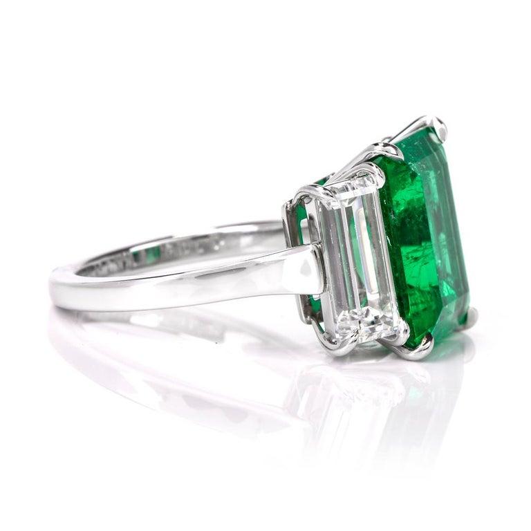 Three-Stone Rectangular Emerald Diamond Platinum Ring For Sale 1