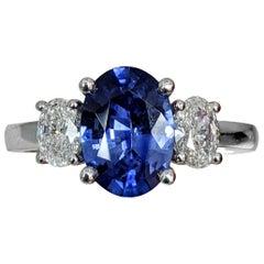 Three-Stone Sapphire/Diamonds Oval Shaped Platinum Ring